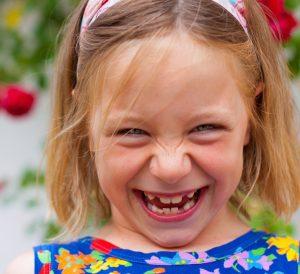 Bei Kindern leistet die Homöopathie besonders gute Dienste. Nebenwirkungfreie Therapie trifft auf eine meist wenig vorbelastete Lebenskraft und kann ihre Wirkung sehr gut entfalten